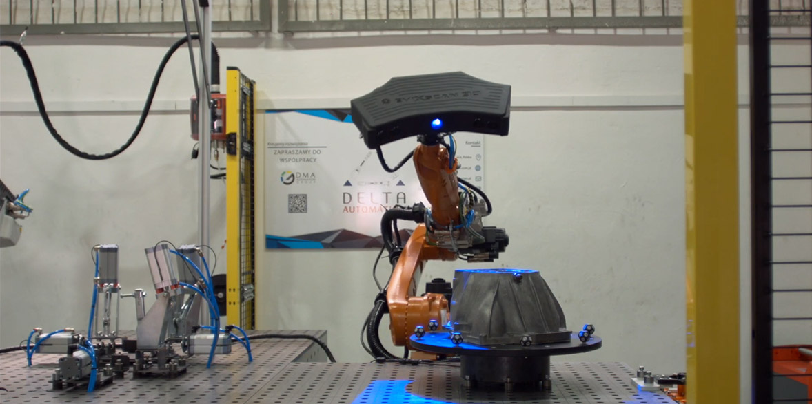 Integration of industrial robot with eviXscan 3D scanner.
